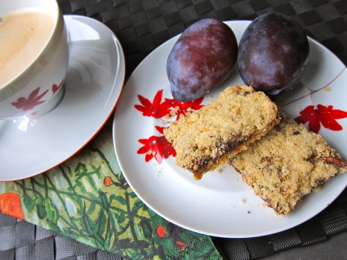 Carmelitas, dessert, dessert bars, oatmeal bars, dessert recipe, Carmelita recipe, dessert recipes, holiday dessert, chocolate caramel oatmeal bar, sweet, treat, recipe, recipes, food, oatmeal, recipe2recipe dessert